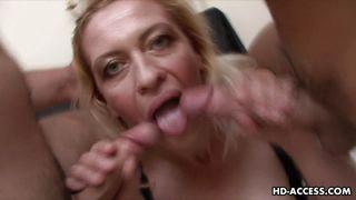 порно с двумя зрелыми женщинами