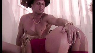 Порно винтаж в одежде