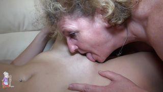 Смотреть секс бабушек с внуками